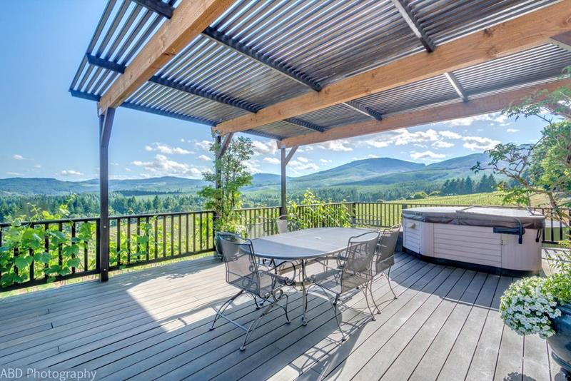 image named 20 Gorgeous Deck Designs and Ideas 19