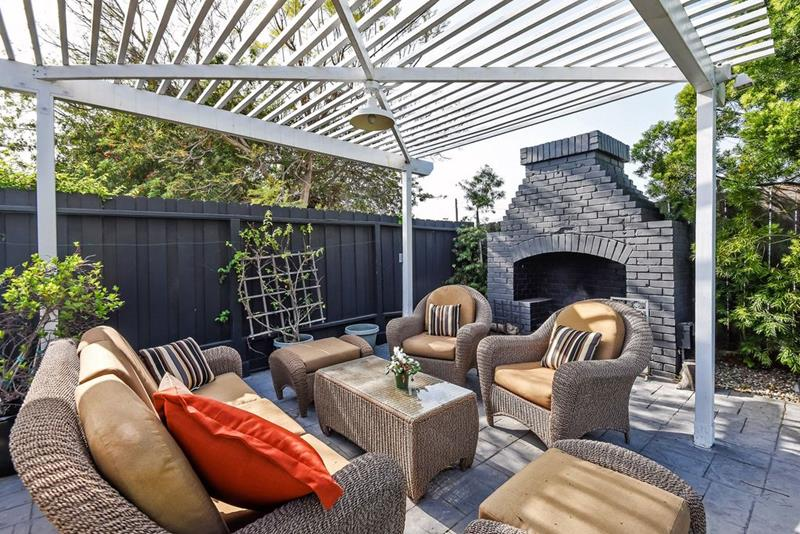 image named 20 Stunning Patio Designs 10