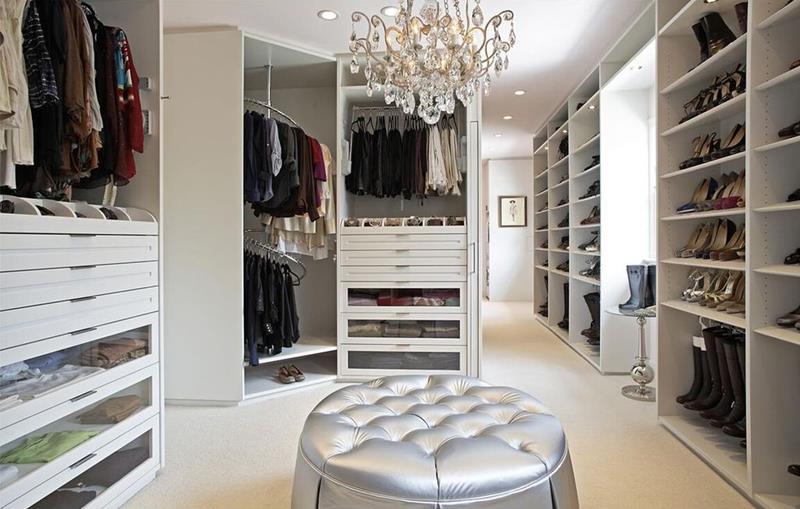 image named 20 Walk In Closets that Will Make Your Jaw Drop 171
