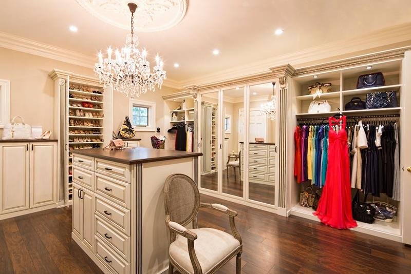 image named 20 Walk In Closets that Will Make Your Jaw Drop 181