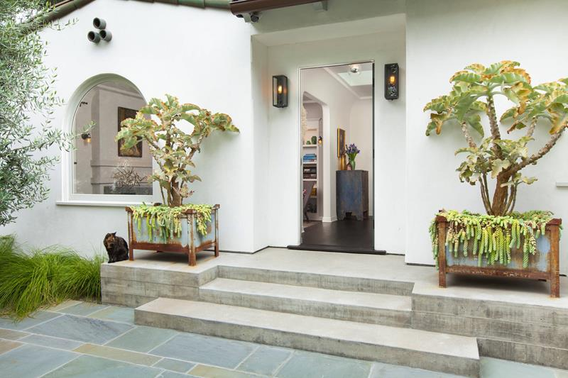 image named 20 Amazing Entryway Design Ideas 5