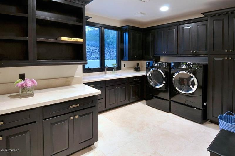 image named 20 Beautiful Laundry Room Designs 11