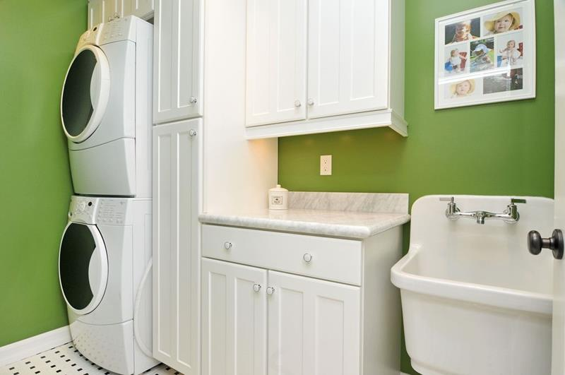 image named 20 Beautiful Laundry Room Designs 16
