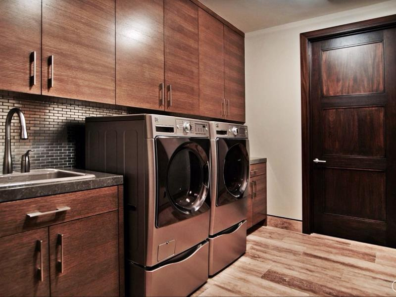 image named 20 Beautiful Laundry Room Designs 17