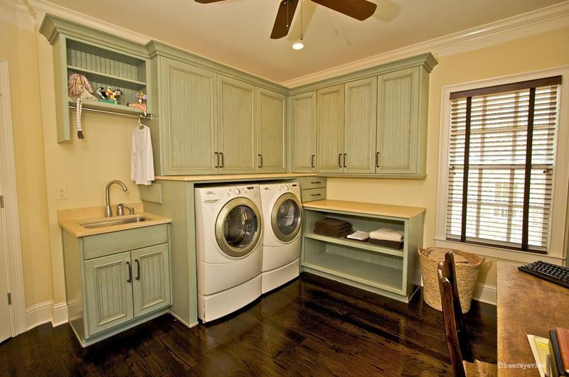 image named 20 Beautiful Laundry Room Designs 20