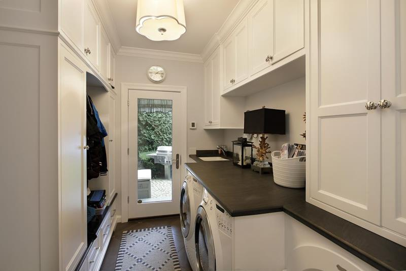 image named 20 Beautiful Laundry Room Designs 8