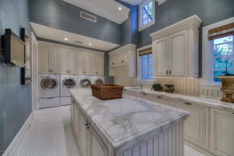 image named 20 Beautiful Laundry Room Designs title