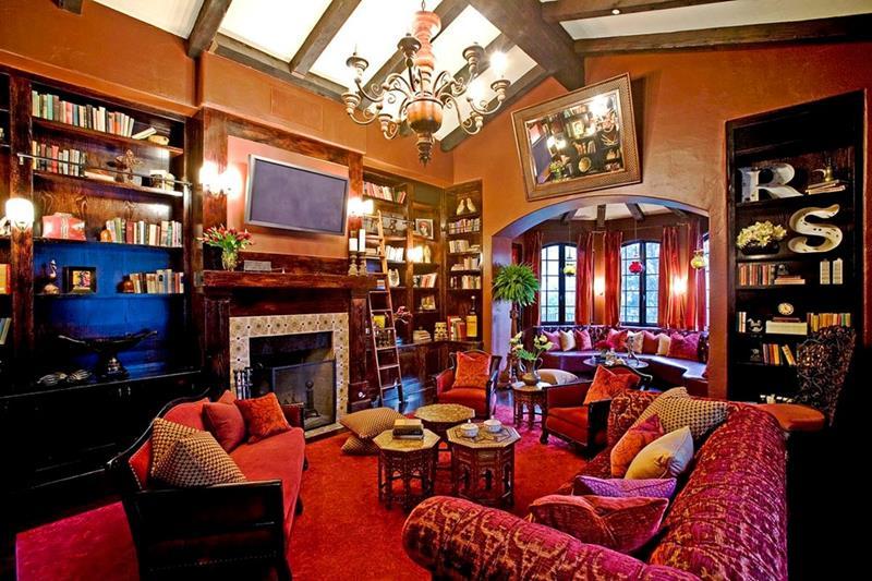 image named 20 Stunning Family Room Design Ideas 1