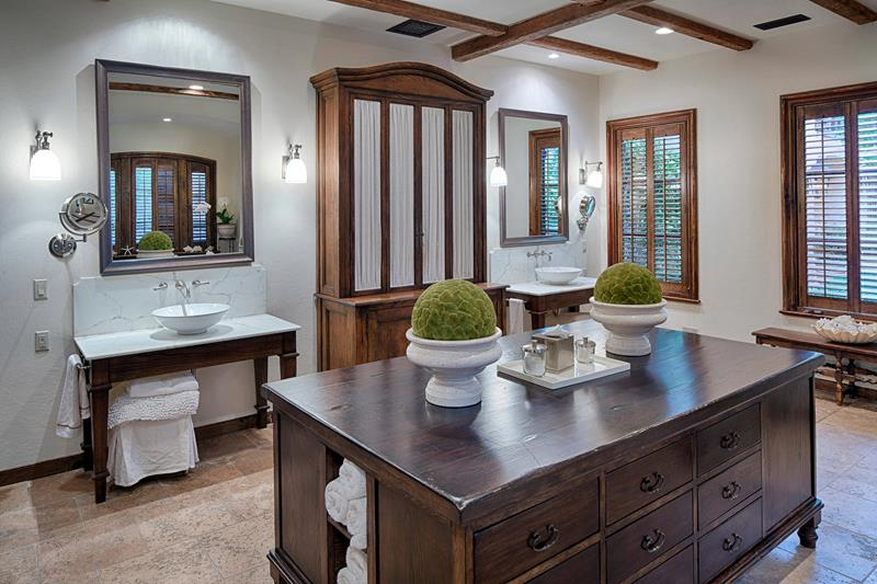 image named 20 Stunning Large Master Bathroom Design Ideas 13