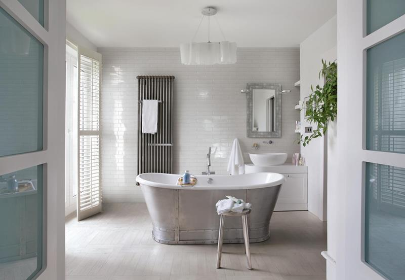 image named 20 Stunning Large Master Bathroom Design Ideas 14