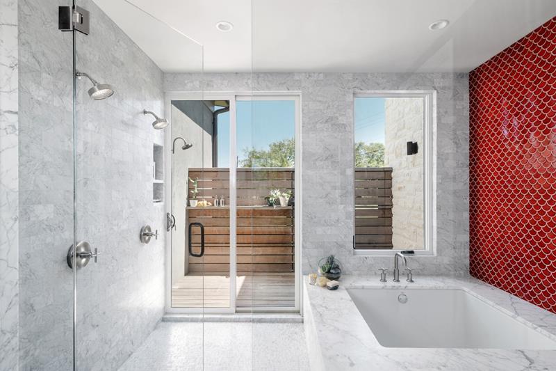 image named 20 Stunning Large Master Bathroom Design Ideas 18