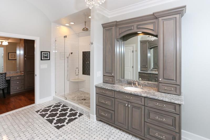 image named 20 Stunning Master Bathroom Design Ideas 13