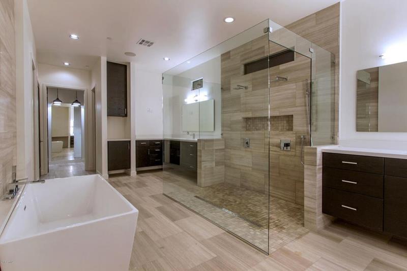image named 20 Stunning Master Bathroom Design Ideas 17