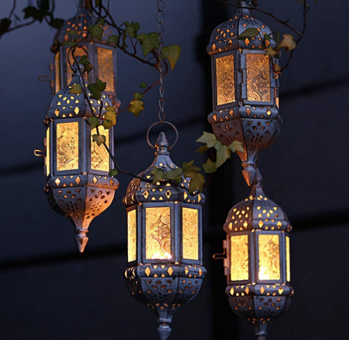 """GKanMore Hanging Candle Lantern Retro Moroccan Candle Holder Hollow Metal Glass Candle Holder Lantern with 15.7"""" Hanging Chain for Home Patio Christmas Decorations (Black)"""